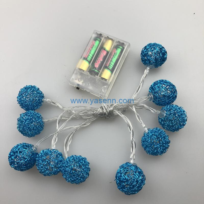 LED Light YSLB024 10L LED Battery Light With Metal Ball Decoration