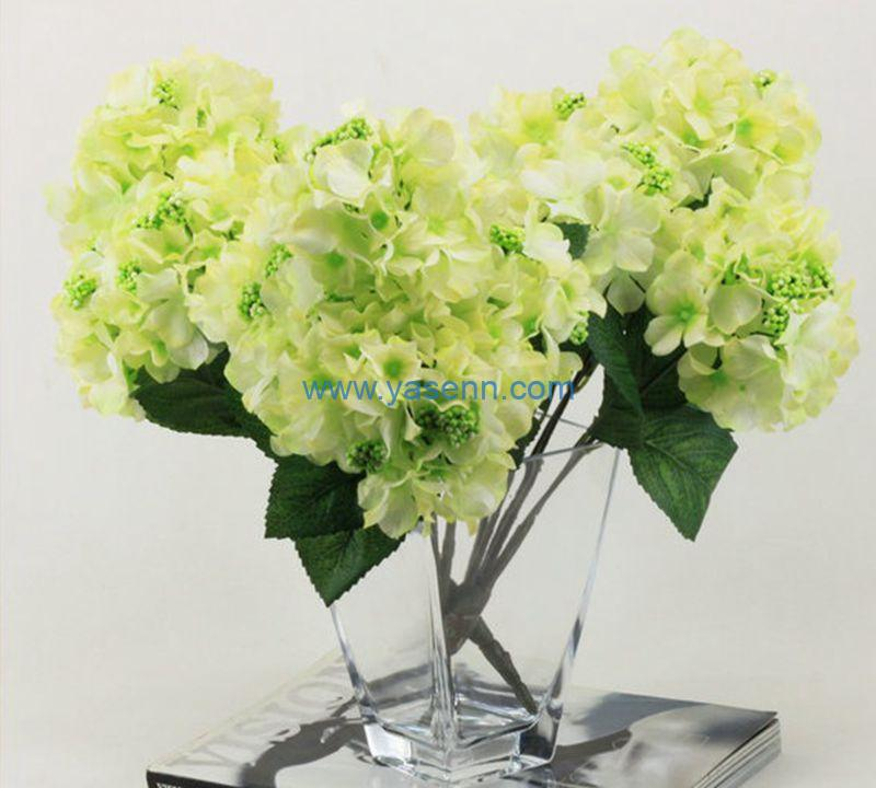 How to Use the Artificial Flowers